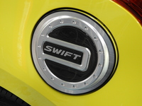 スズキ スイフト スポーツ セーフティパッケージ装着車